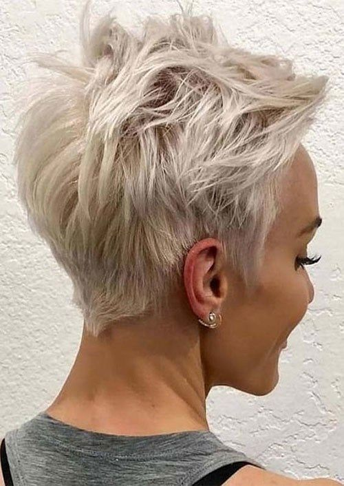 Short-Blonde-Pixie-Haircut Best Pixie Cuts for Blonde Hair