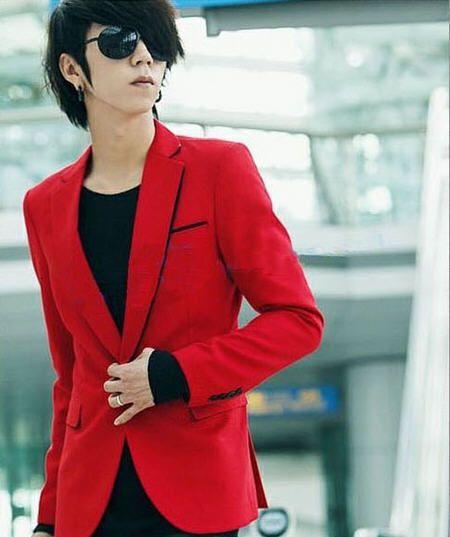 Aliexpress.com: Comprar Hombres Red Blazer otoño del resorte del Mens Casual traje Slim Fit para hombre estilo coreano de moda rojo azul marino azul de terciopelo Blaser trajes A453 de Blazers confiables proveedores de Man and Woman Clothing Wardrobe.