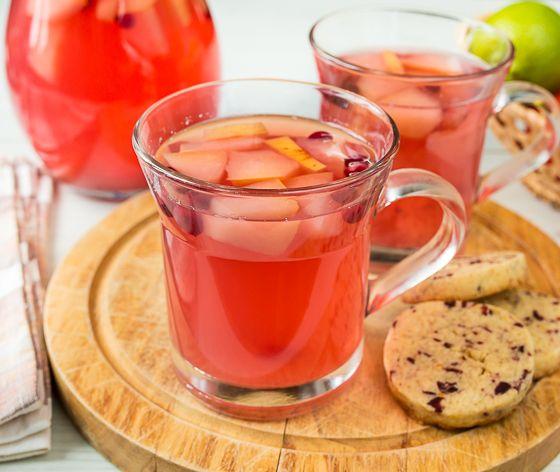 Яблочно-клюквенный компот с имбирем | Вкусный блог - рецепты под настроение