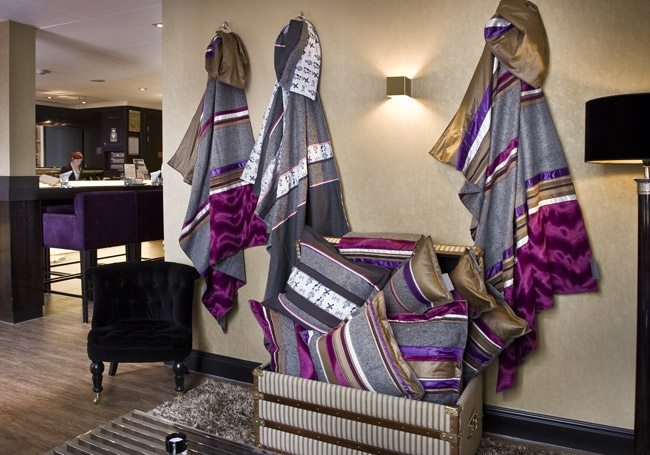 Secondavita bedlopers en kussens zorgen voor een luxe, verrassende en unieke aankleding van Suites en kamers van hotels. #Hotels #suite #5-star