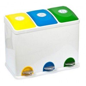 Papelera de #reciclaje Colores con 3 cubos y pedal con capacidad de 15L por cubo.