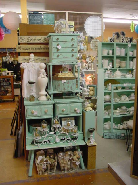 25 best ideas about antique booth displays on pinterest for Made in the south craft shows