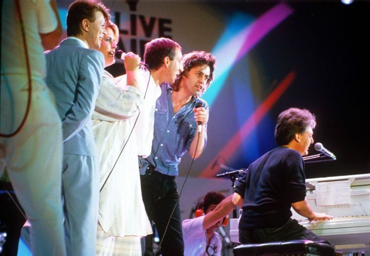 David Bowie, Alison Moyet, Pete Townshend, Bob Geldof and Paul McCartney perform together at the Live Aid Concert at Wembley Stadium