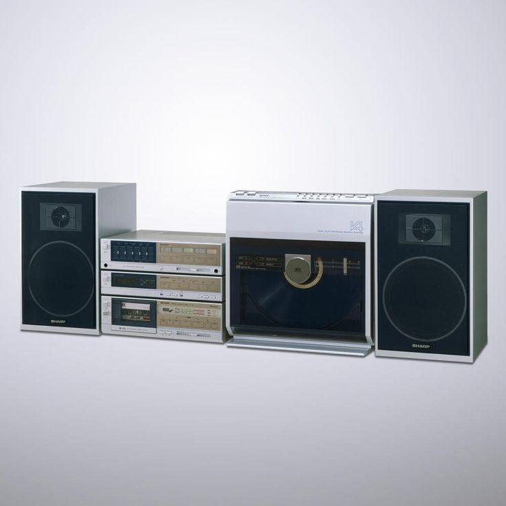 これ持ってたなあ。レコード盤なのに自動両面再生、曲の頭出し、プログラム再生、シンクロ録音までできたおそろしい子。 https://shr.tc/2lpsZfw