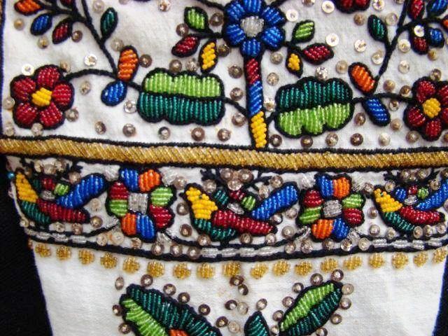 Ukrainian embroidered shirt with beads (Bukovina). Украинская вышитая бисером сорочка (Буковина).