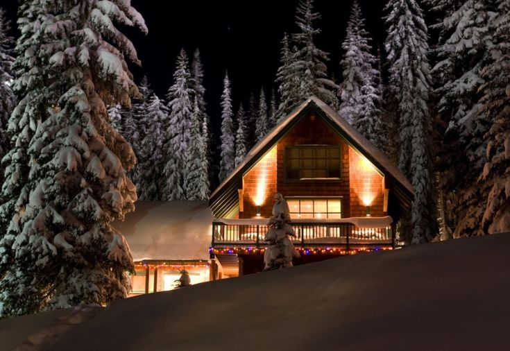 Christmastime at Silver Star Mountain Village - Vernon, BC, Canada