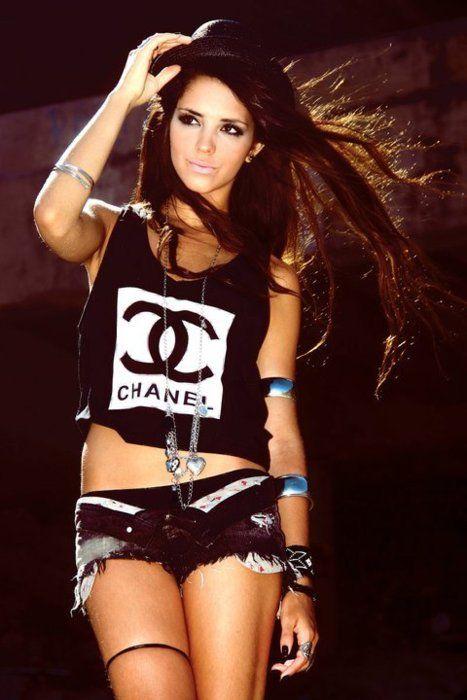 Chanel grunge