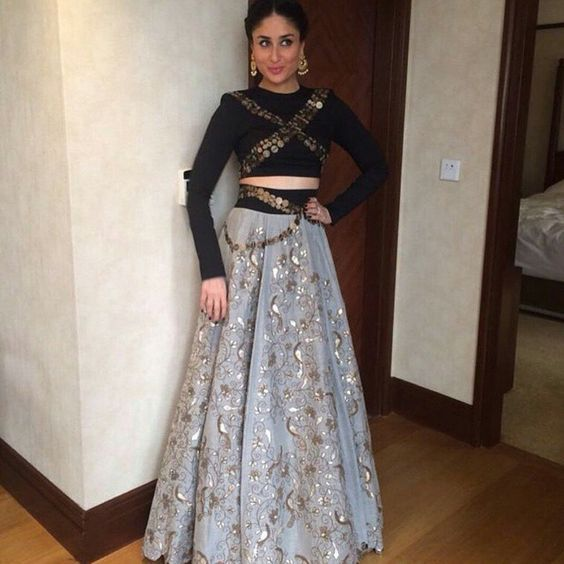 #PartyWearLehengaOnline #StylishLehengaSale #LatestLehengaOnline #BollywoodLehengaOnline Maharani Designer Boutique To buy it click on this link :http://maharanidesigner.com/Anarkali-Dress…/western-dresses/... HandWork Price Rs. 18000 For any more information contact on WhatsApp or call 8699101094 Website www.maharanidesigner.com