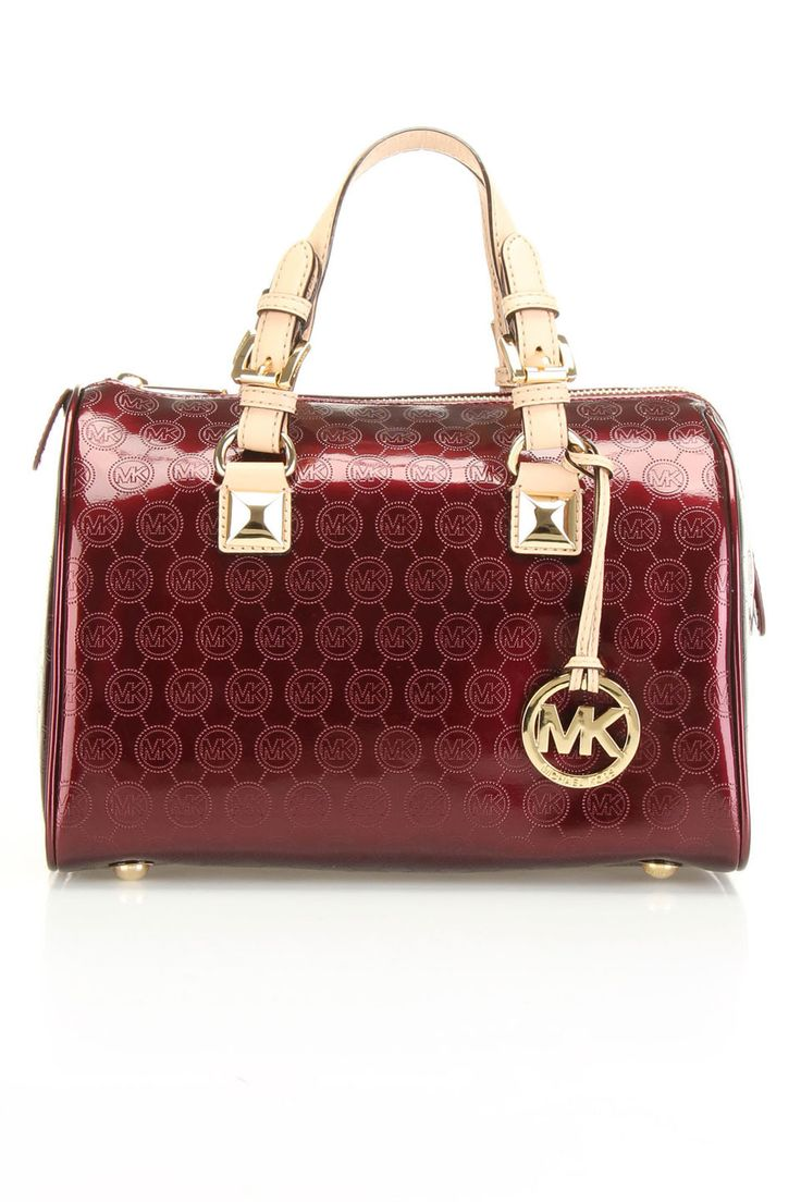 MichaelKors is on clearance sale, the world lowest price.
