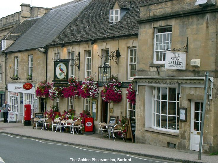 The Golden Pheasant Inn, Burford, Oxfordshire, Cotswolds, England.