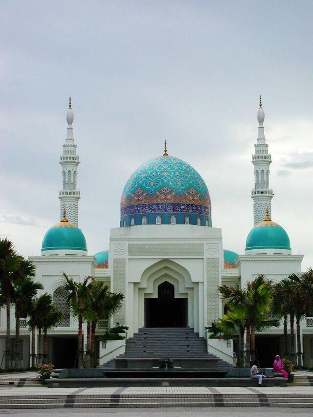 Islamitisch - minaretten naast de koepel