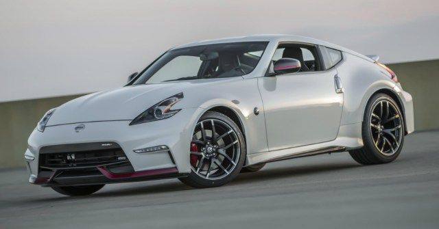 2017 Nissan 370Z: The Small Sports Car with the Big Personality