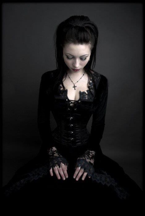 Detailed Goth girl