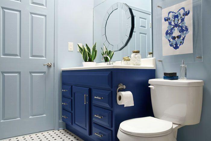 The Makerista: A Blogger Vs. Builder Grade Bathroom Makeover