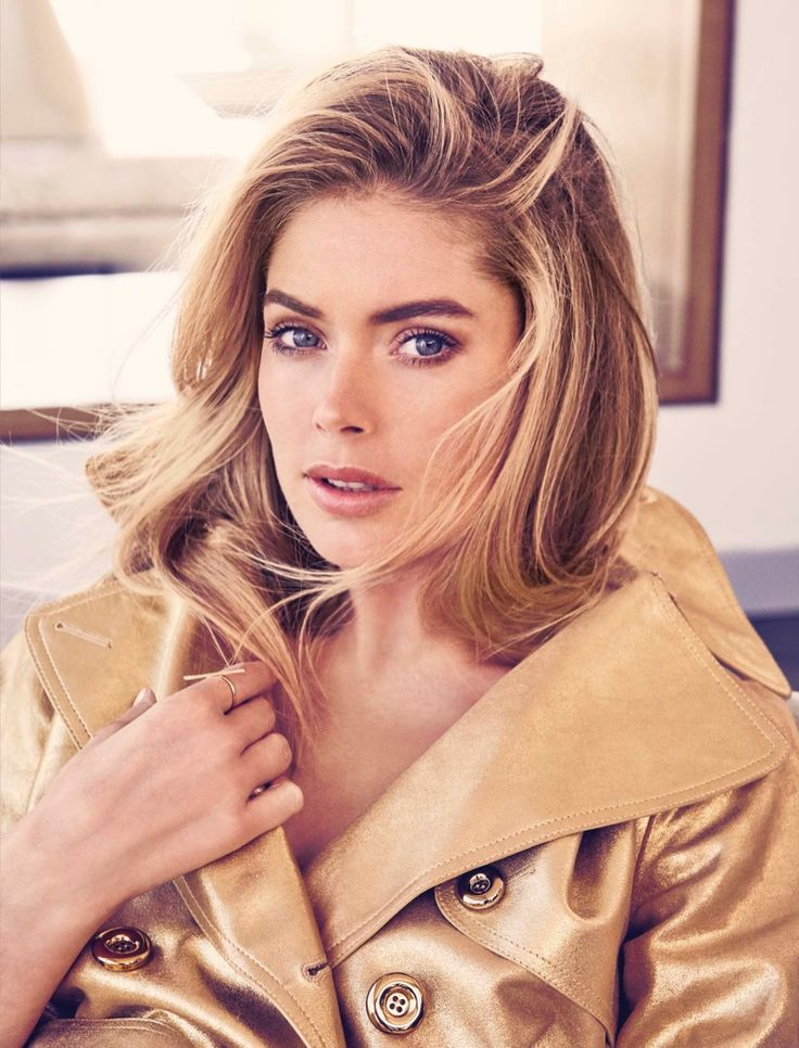 Getting her closeup, Doutzen Kroes wears a gold jacket for Bloomberg Pursuits Magazine November 2016 Issue