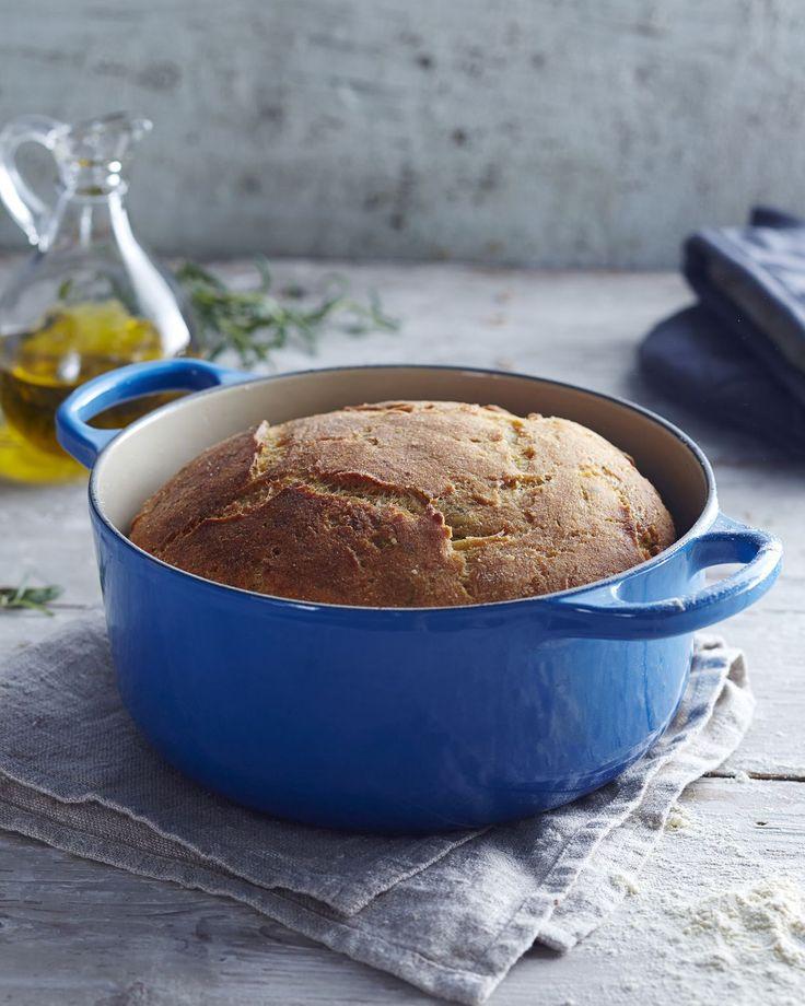 Rosmariinilla ja hunajalla maustettu maukas gluteeniton leipä valmistetaan kätevästi uunipadassa. Tässä leivässä on rapea kuori, mehevä sisus ja...