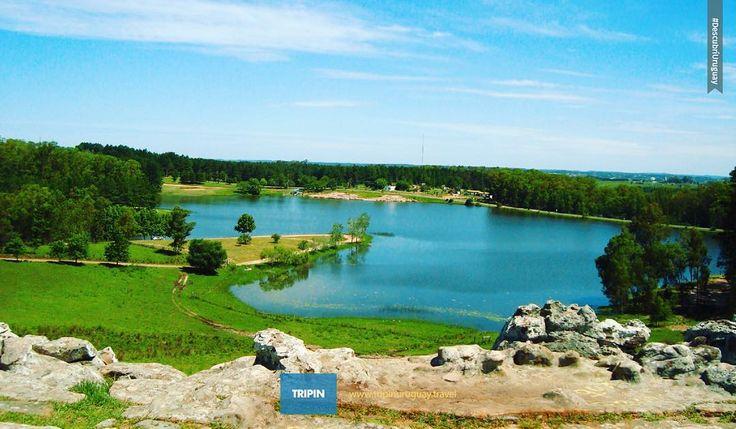 """Sabés qué significa """"Iporá"""" en Guaraní? Su significado esconde la magia de este hermoso balneario de Tacuarembó . #Uruguay #Iporá #tacuarembo #balneario #camping #lago #relax #summer #verano2016 #verde #naturaleza #landscape #world_great . Tag #tripinuruguay  Facebook /tripinuruguay  Twitter @tripinuruguay by tripinuruguay"""