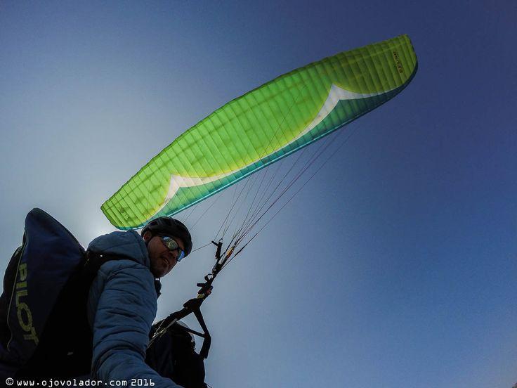 primer vuelo de contacto con el Fuse, el biplaza de GIN Paragliders, volamos en Pedro Bernardo y utilizamos las sillas de biplaza de Supair.