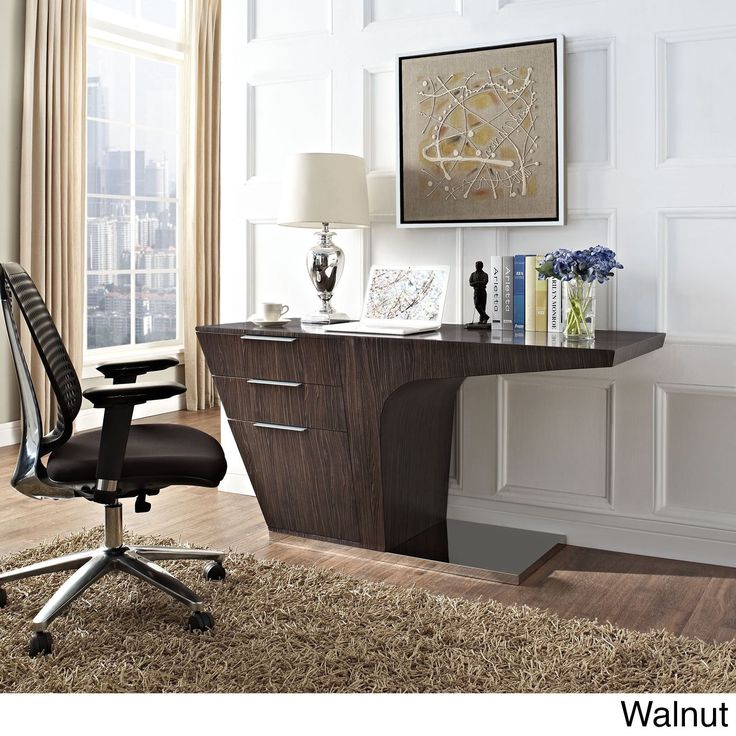 Plot your course full speed ahead with a progress-driven office desk. Warp places your work into high gear with a design that doesn't hold you back.