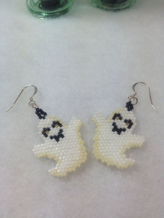 Brick Stitch Halloween Ghost Earrings by BeadingBeeCreations, $12.00