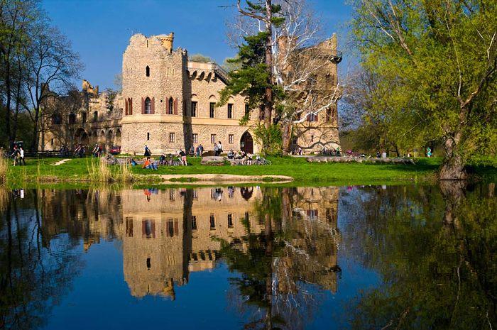 Janův hrad, Janohrad | Lednicko-valtický areál