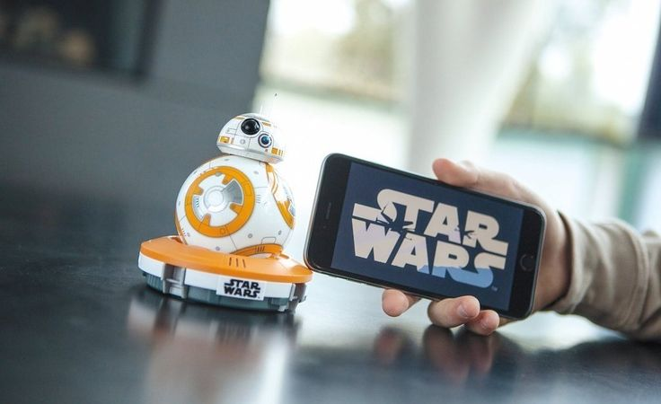 """24 """"Star Wars"""" Toys That Anyone Would Want To Play With"""