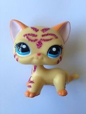 lps shorthair yellow sparkle pink cat