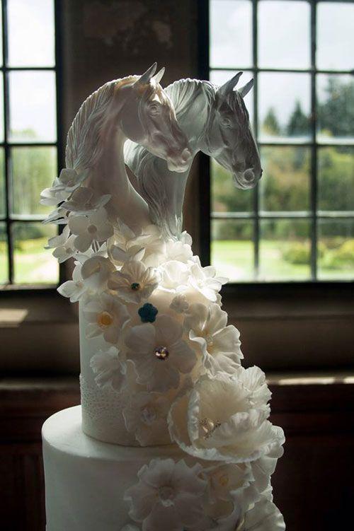 Cake toppers from CakesbyLisa.net  This is stunning! #WeddingCake #HorseCake #ElegantWedding