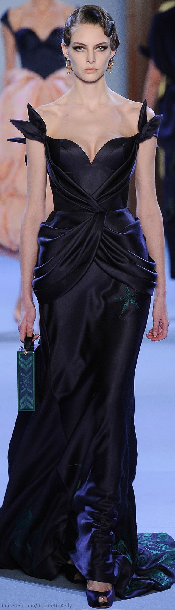 Ulyana Sergeenko Haute Couture | SS 2014 everything I love in a dress. Black and elegant.