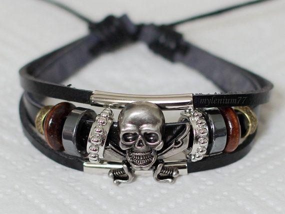 705 Men's black leather bracelet Skull bracelet Cutlass bracelet Charm bracelet Pirate bracelet Fashion leather jewelry For men and women