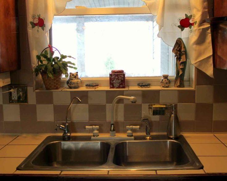 Gorgeous Farm Sinks For Kitchen Of Stylish Look Inspiring Farm Sinks For Kitchens Silver Faucet