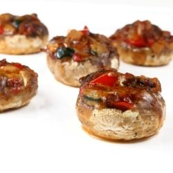 with zucchini, red pepper, onions, Mexican seasonings, and cheese: Mexican Stuffed Mushrooms, Mexicans, Mexican Food, Appetizers, Favorite Recipes, Paleo Recipes, Carb Recipes