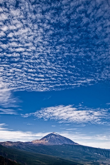 Pico del Teide, Tenerife by szeke, via Flickr