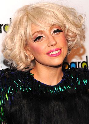LADY GAGA Biography like Sign Height, Family, Biodata Height, Weight, Affairs, Personal Profile Photos, Awards, Image, DOB, kids, Album, Songs