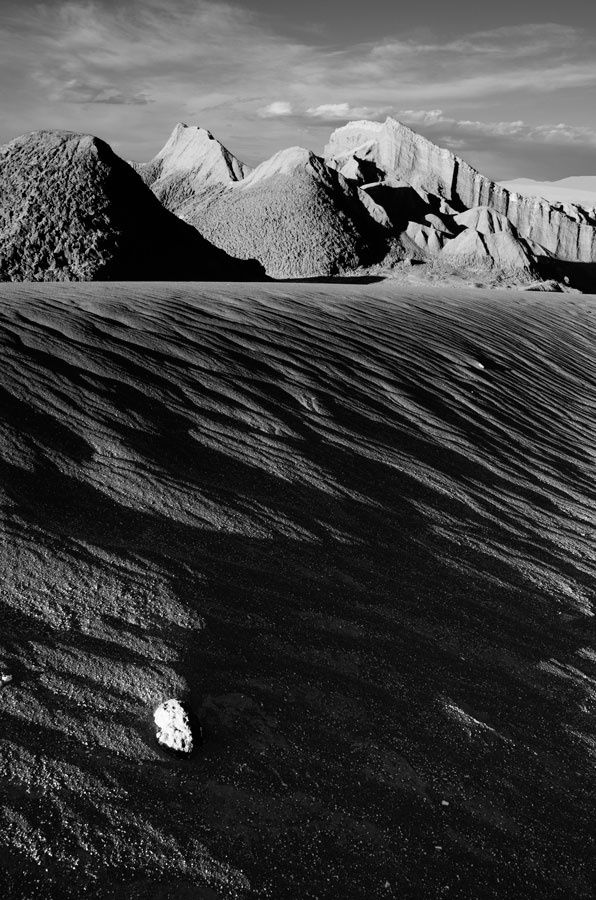 Shot in 'Valle de la Luna' (moon valley), in north of Chile.    serie limited to 5 prints. Printed in A3+ Hanehmuhle paper.    $500