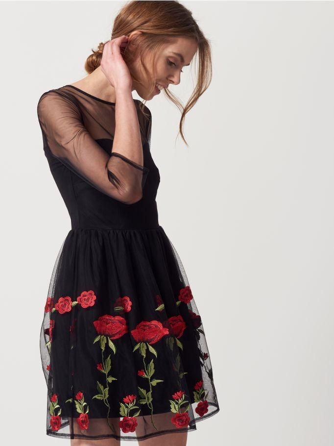Tiulowa sukienka z kwiatowym haftem, MOHITO, RF247-99X