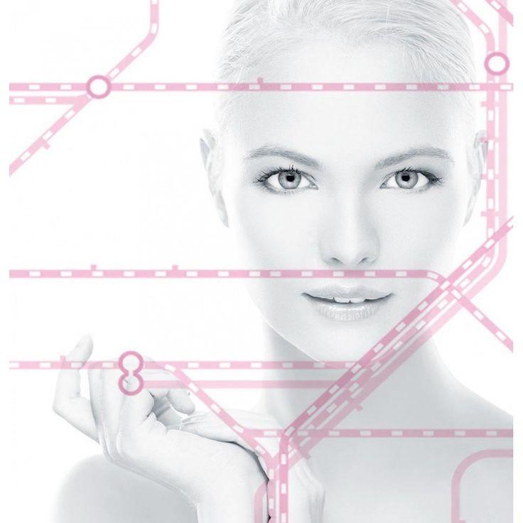 CremeDeNuit ist eine regenerierende Nachtcreme für Gesicht, Hals und Dekolleté. Die Rezeptur ist mit einer synergetischen Komposition 5 proaktiver Wirkstoffe angereichert. Diese Mehrfachwirkung der Inhaltsstoffe ermöglicht ein umfassendes, tiefenwirksames und verjüngendes Ergebnis.