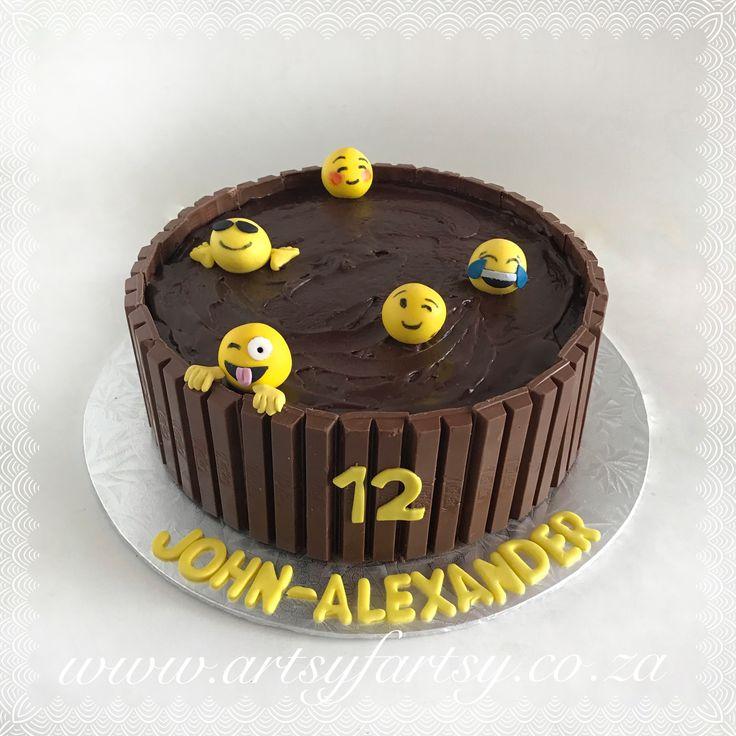 Emoji KitKat Cake #kitkatcake #emojicake