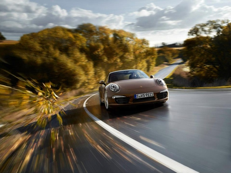 The new 911 Carrera 4 models – Exclusive Pictures