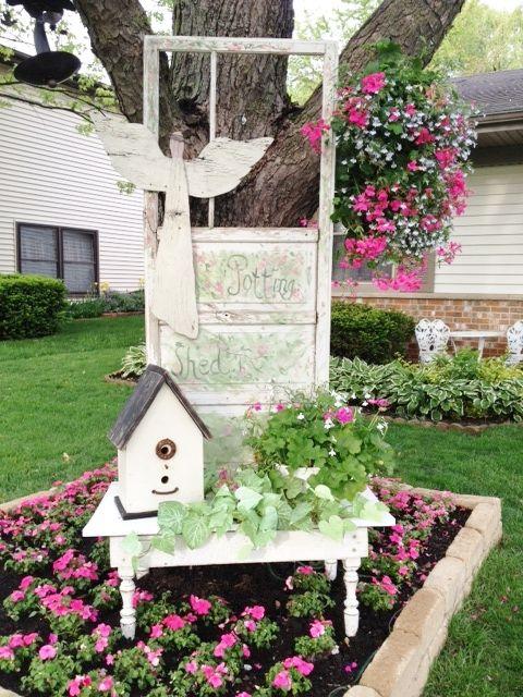 Reuse Old Doors in your garden ~ Charming vintage door  ~.cute ~ Cottage garden