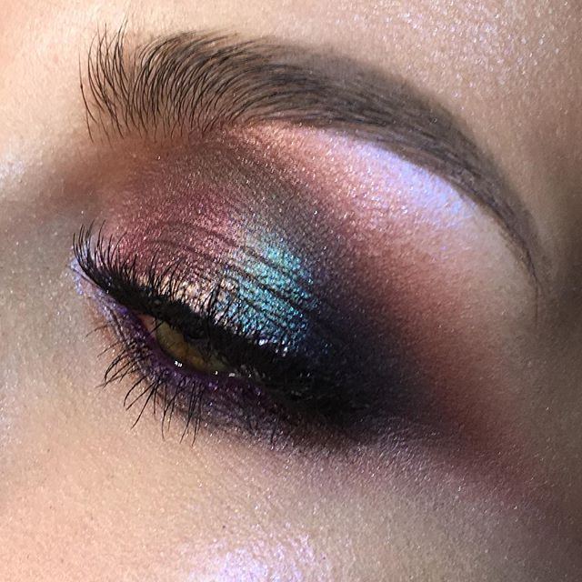 Closeup on my beautiful muse, for her eyemakeup as a base I used Inglot…