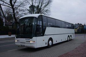 Autokar neoplan euroline z zewnątrz