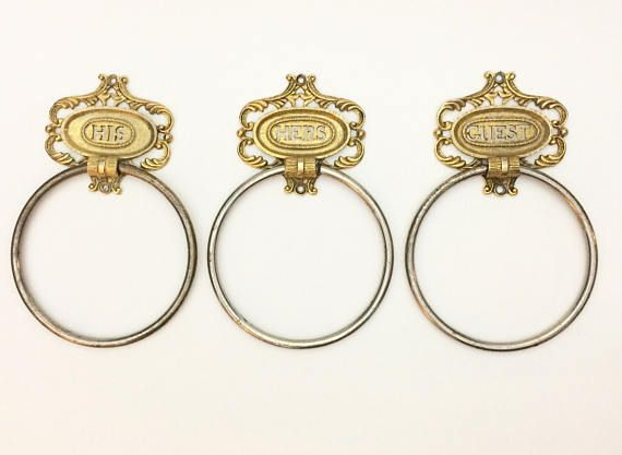 Vintage MidCentury Dar-Glo His Hers Guest towel rings, the name plates are brass and the ring part is chrome. They are in nice condition with light signs of wear. Name plates measure 3.4 wide x 3.1 high, rings are 4.8 in diameter