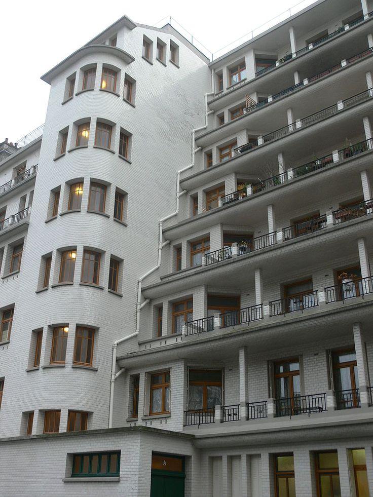 Immeuble Sauvage - piscine des amiraux - rue des amiraux front - Henri Sauvage — Wikipédia