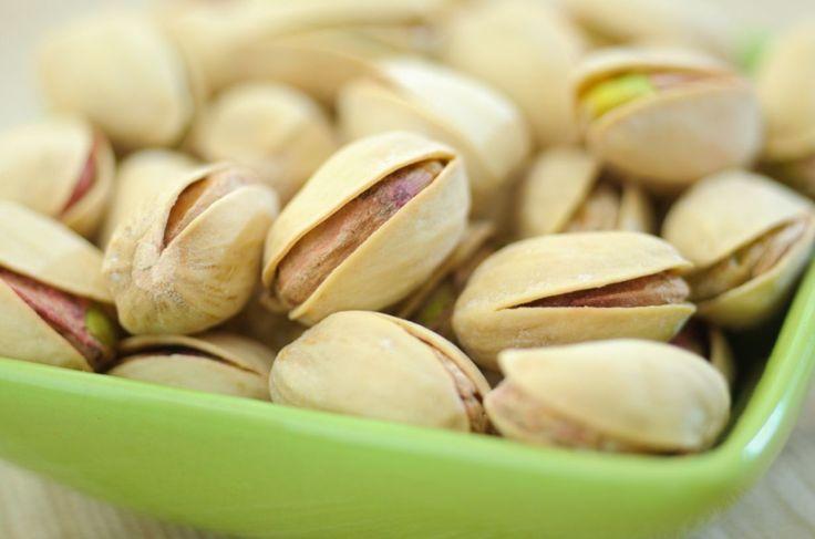Pähkinä on sydänystävällinen superruoka, jonka E-vitamiini hoitaa myös muistia. Suomalaiset voisivat käyttää pähkinöitä paljon enemmän.