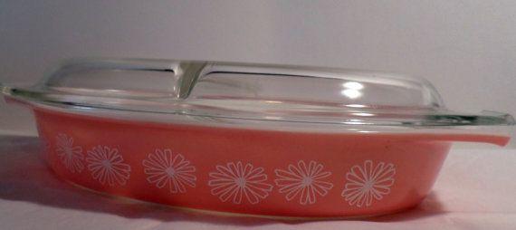 Pyrex, Pink Daisy, Cinderella,1 1/2 Qt, Promotional, Oval Divided Dish, & Lid, Pyrex Bowl, Bowl Set, Vintage Pyrex Set, Divided casserole