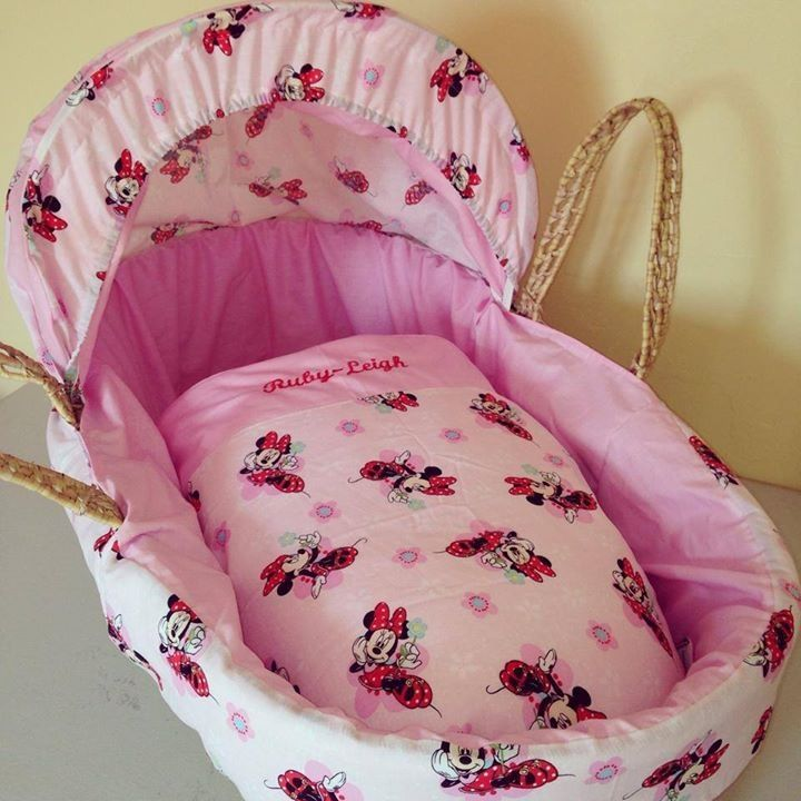 Minnie Mouse Moses basket