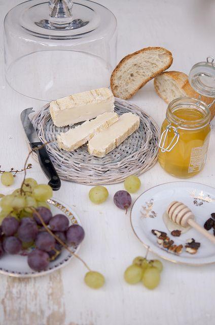Italian Finger Food  Recipes...Cacio ricette: Stracchino quadro a latte crudo vaccino