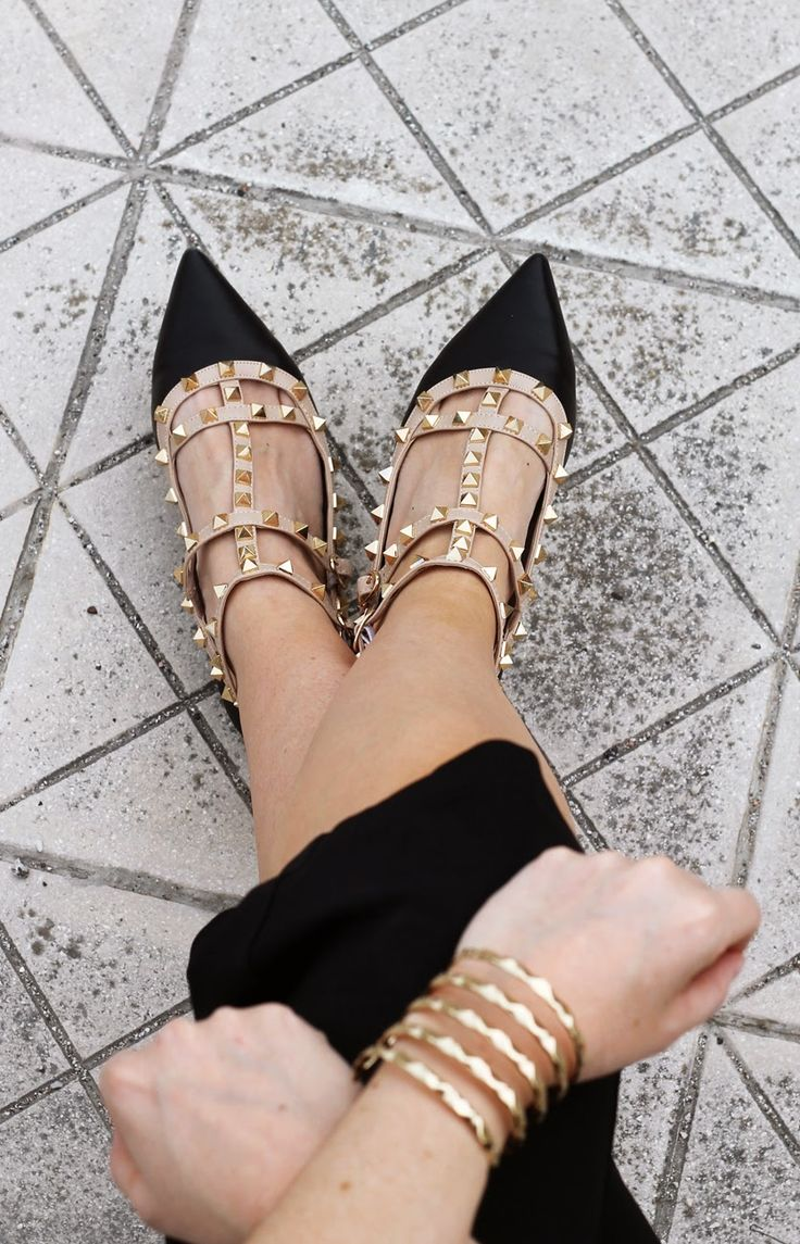 #rockstud #flats #studded #shoes #pointedshoes