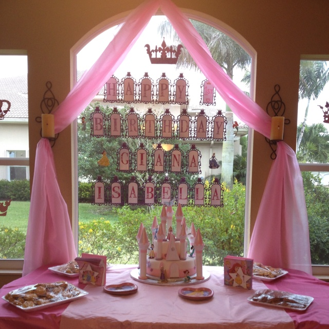 89 best Chloes 4th birthday images on Pinterest Princess